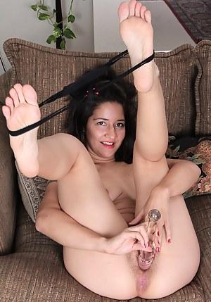 Dildo Porn Pictures