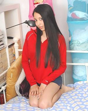 Latina Porn Pictures