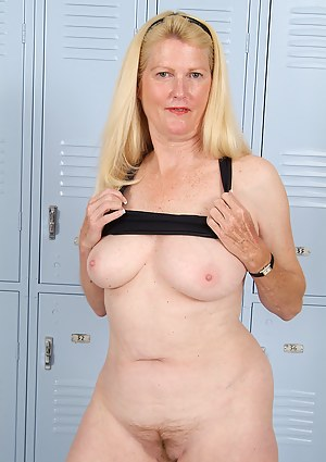 Locker Room Porn Pictures